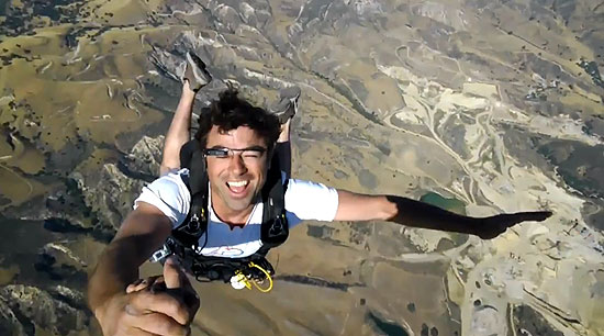 skydiving-with-project-glass-thumb-550xauto-94956