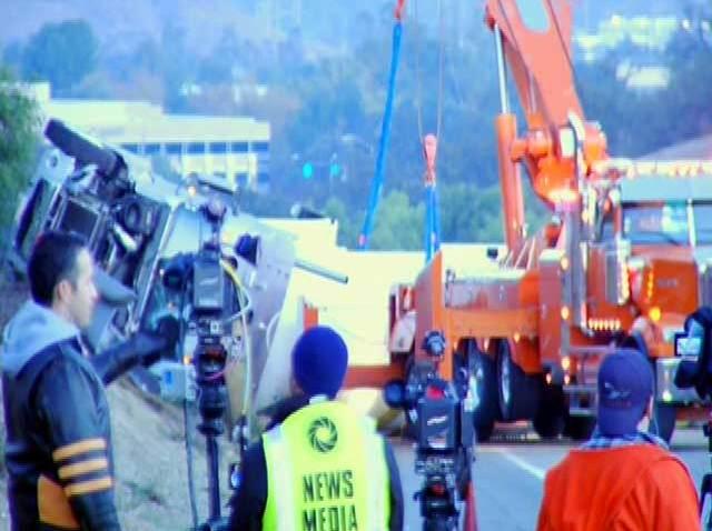 tanker_5_freeway_crash