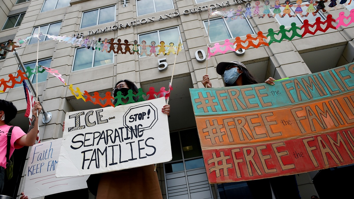 Judge Rules Previous Order to Release Kids From ICE Custody by Monday Now 'Unenforceable' 1