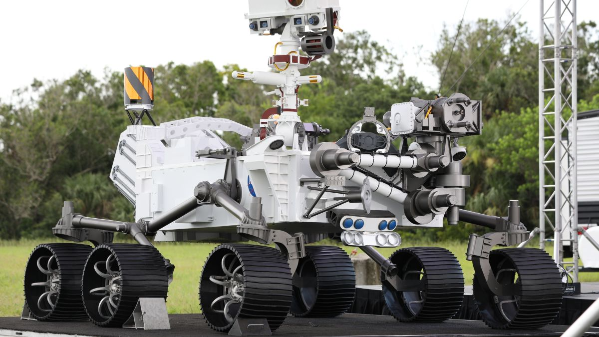 How to Watch: NASA's Bigger and Better Mars Rover ...
