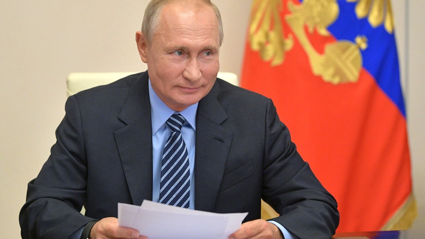 Russia's President Vladimir Putin holds a video conference meeting in Moscow, July 9, 2020.