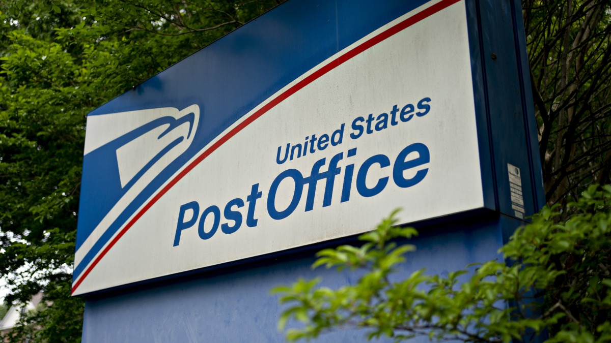 Postal Service Emerges as Flash Point Heading Into Election 1