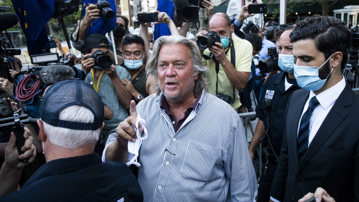 May 24 Trial Set for Steve Bannon in Fundraising Fraud Scam 1