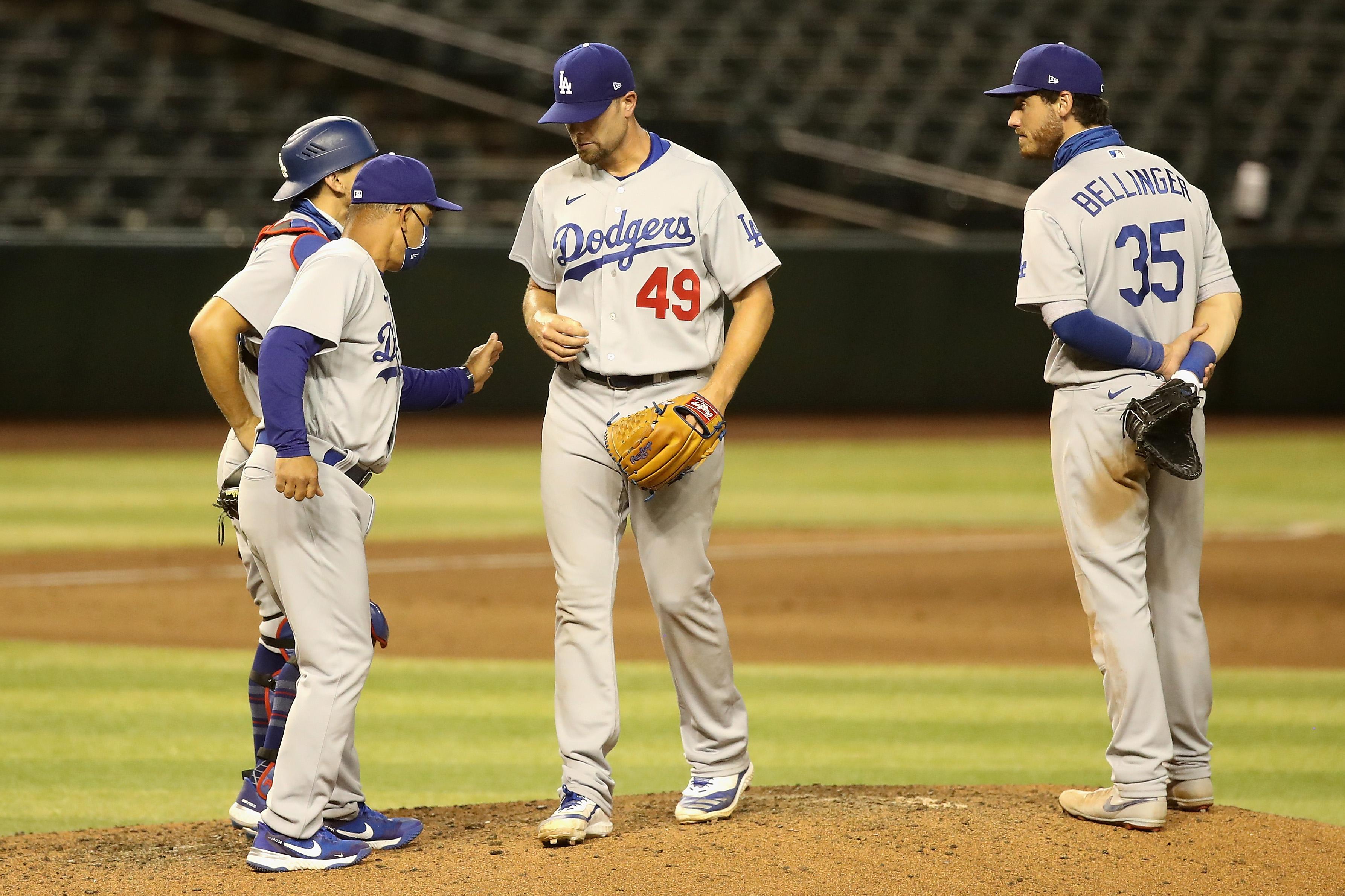 Christian Walker's Double in 8th Lifts Diamondbacks Over Dodgers, 5-3