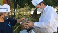 Carhops Distributed Free Pet Food at This Giveback Pantry