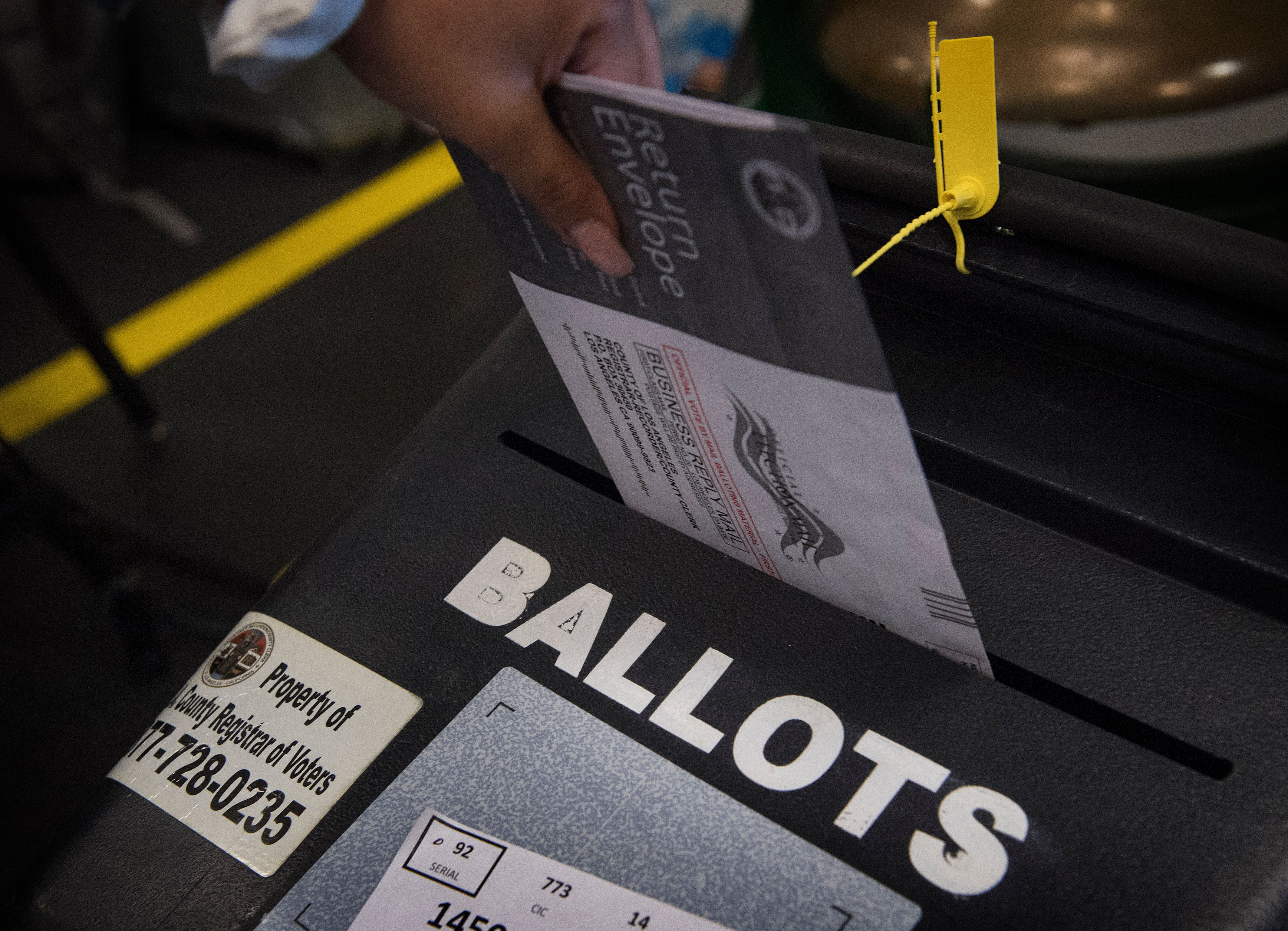 LA County Board Backs Proposition That Would Allow Parolees To Vote