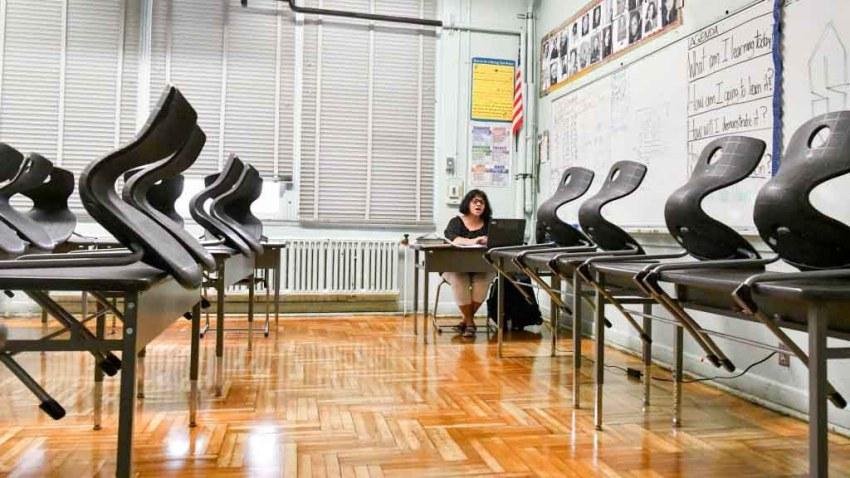 Hollywood High Teachers Assistant Yolanda Franco conducts class.