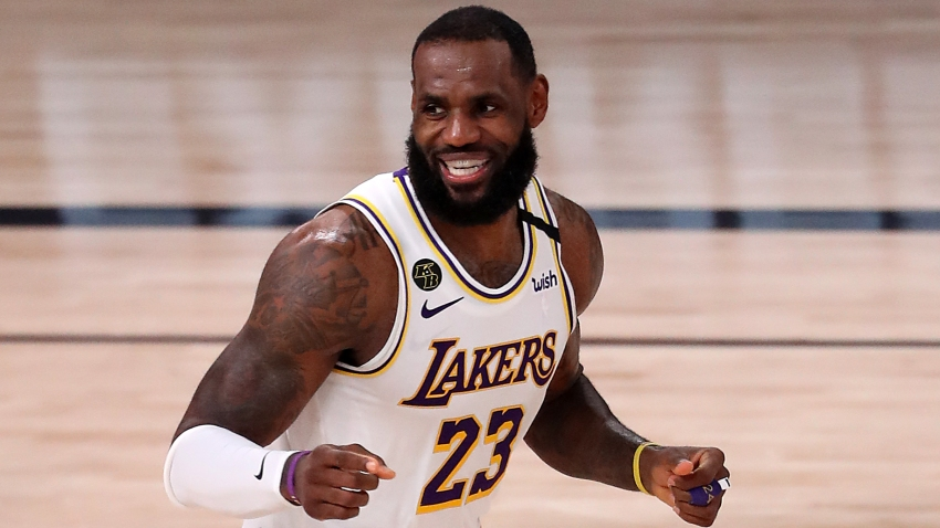 Lebron James Leads Lakers To 112 102 Victory Over Rockets In Game 3 La Leads Series 2 1 Nbc Los Angeles