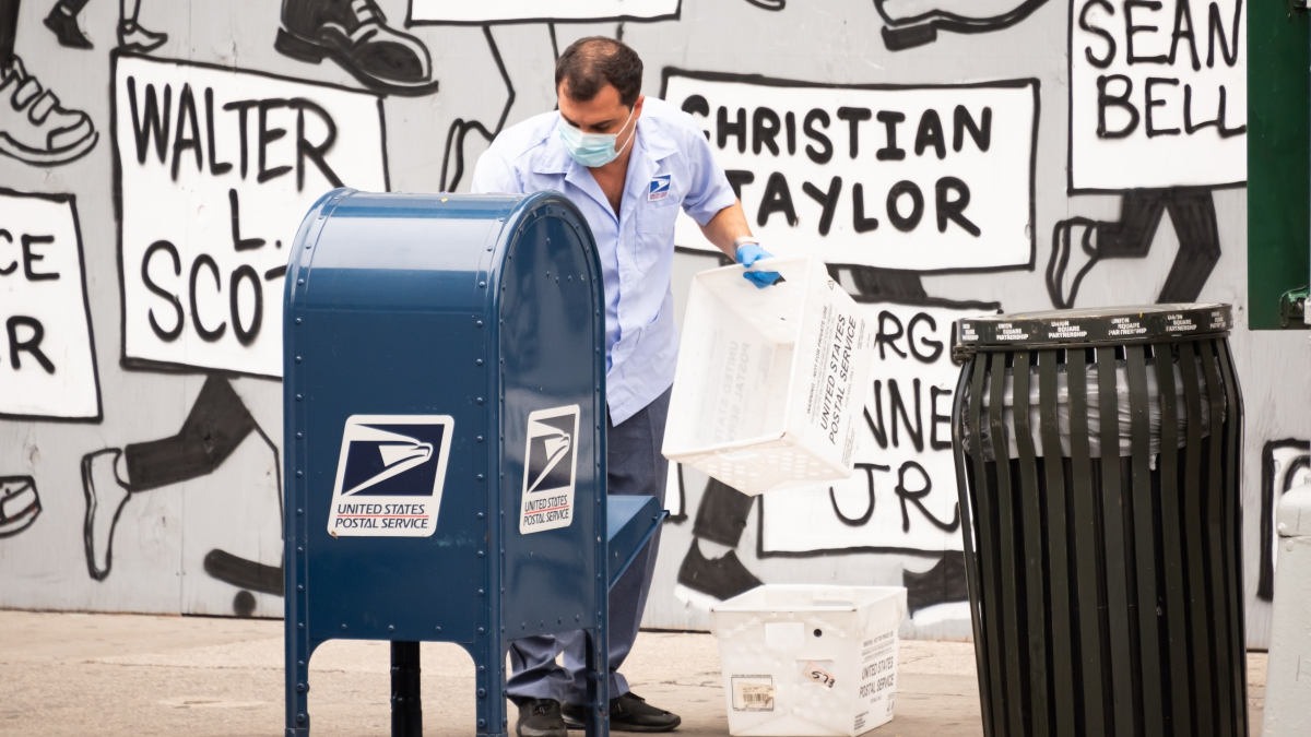 US Judge Orders Stop to Postal Service Cuts, Echoing Others 1