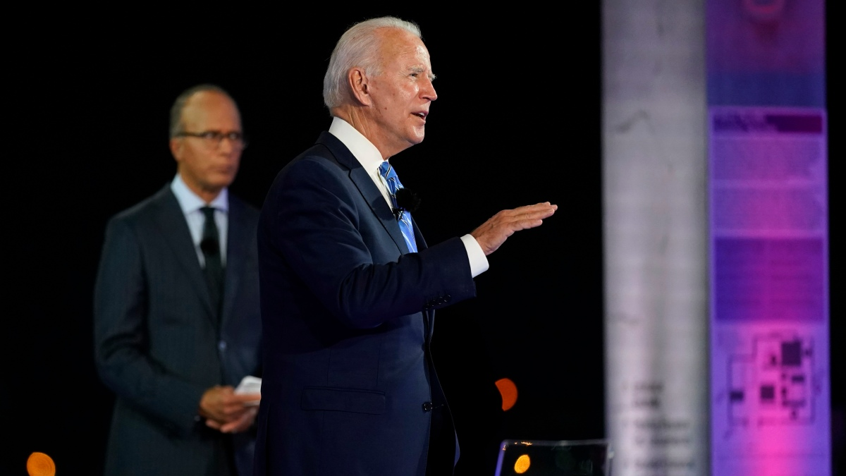 Biden Aims to Expand Map as Trump Recovers From Coronavirus 1