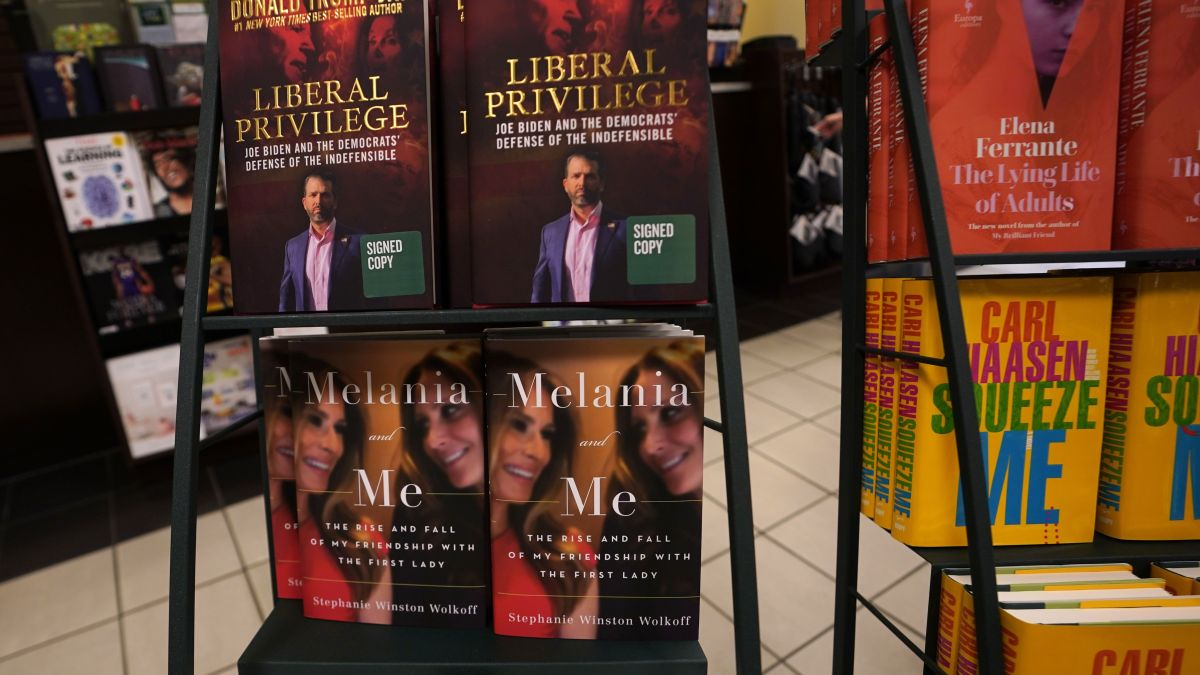 Justice Dept. Sues Author Over Book About Her Relationship With Melania Trump 1