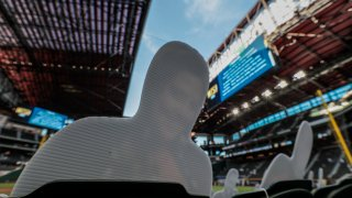 Dodgers and Braves in game two of the NLCS at Globe Life Field