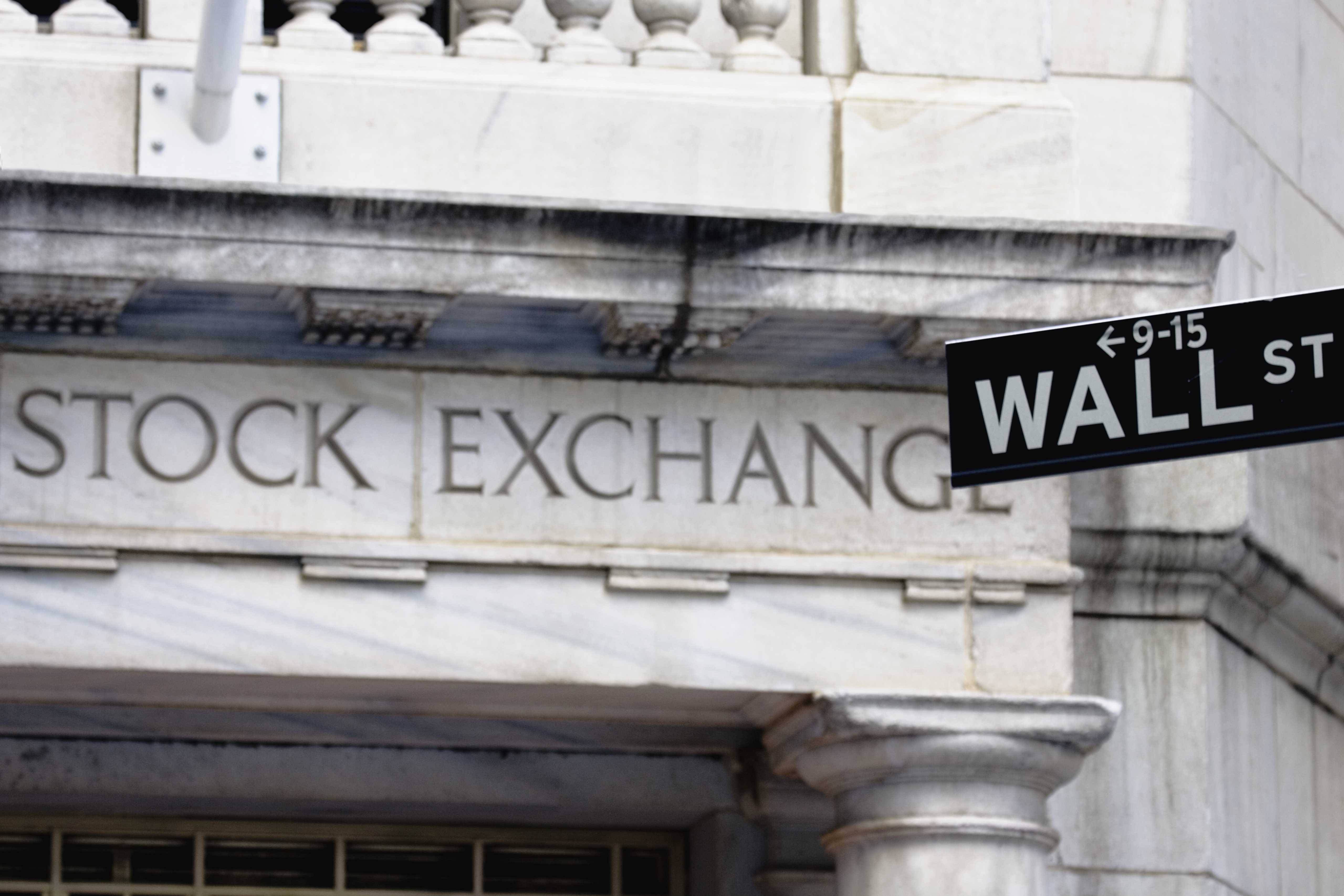 Asian Stocks Follow Wall St Lower as Stimulus Hopes Fade 1