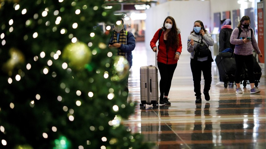 Holiday Travelers at Ronald Reagan Washington National Airport