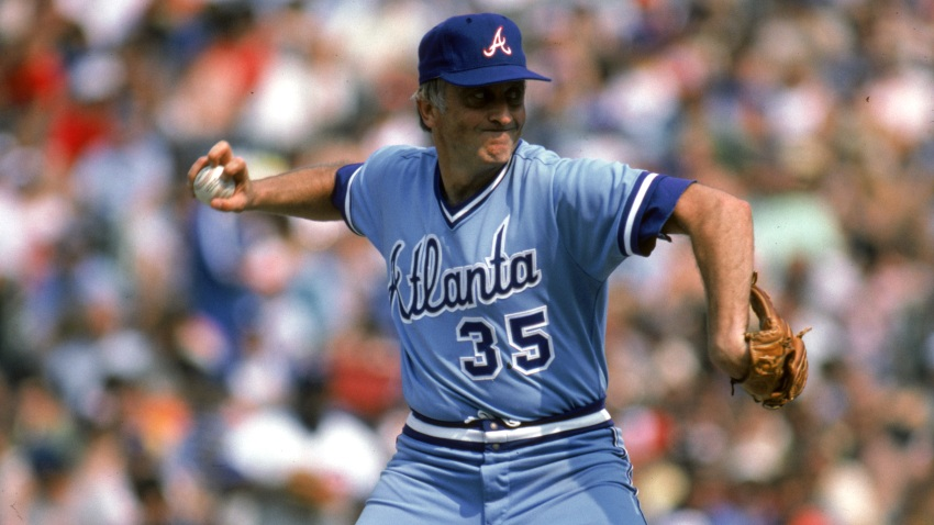 Baseball Hall of Famer, Knuckleballer Phil Niekro Dies at 81 – NBC Los  Angeles