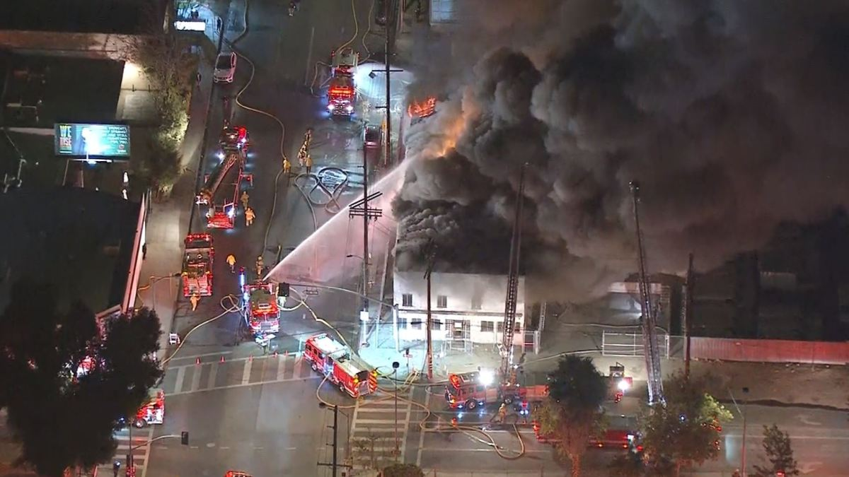 Fire Erupts At North Hollywood Commercial Structure  U2013 Nbc
