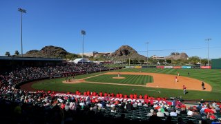 Cincinnati Reds v. Los Angeles Angels