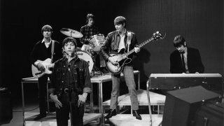 Photo of ANIMALS and Hilton VALENTINE  and Eric BURDON and John STEEL and Chas CHANDLER