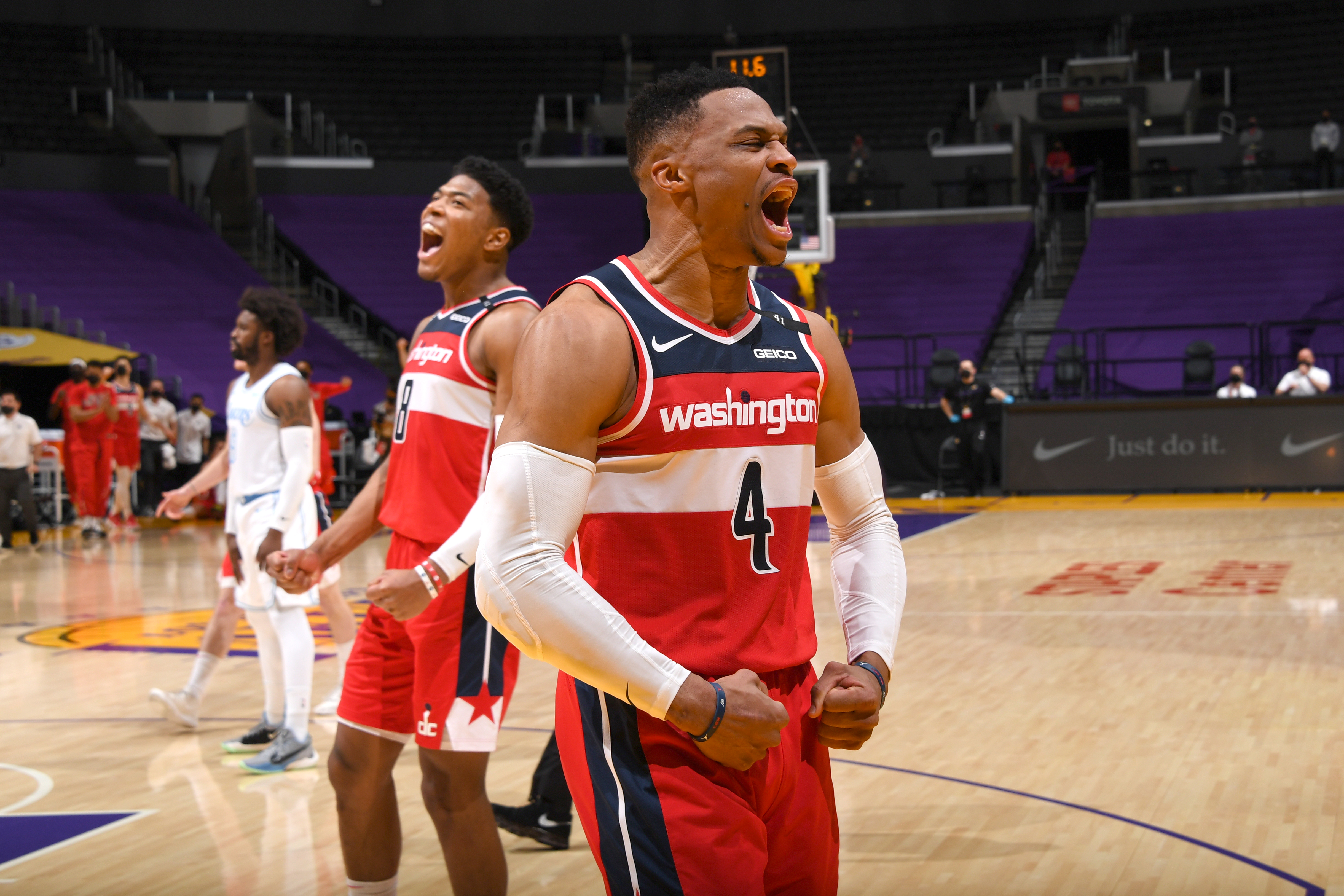 Wizards Stun Lakers 127-124 in Overtime to Hand LA Third Straight Loss Without Anthony Davis