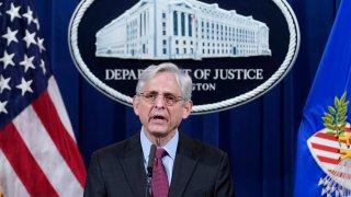 Justice Dept. Says It'll No Longer Seize Reporters' Records 1