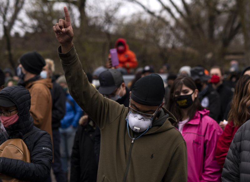 Photos: Vigil, Protests Over Duante Wright's Death in Brooklyn Center, Minnesota