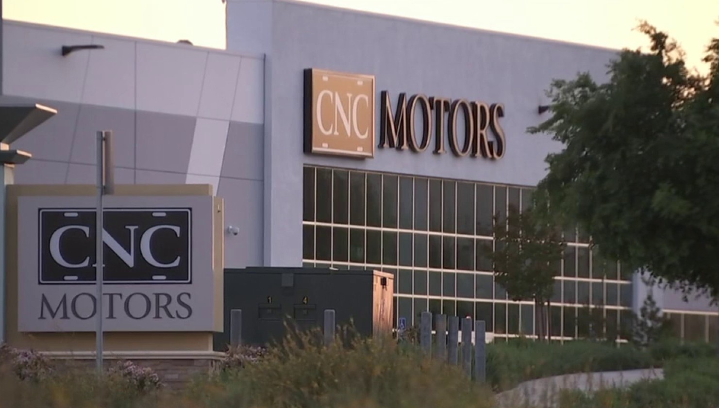 Classic Car Owners Say They're Owed Tens of Thousands of Dollars and Answers From Dealership