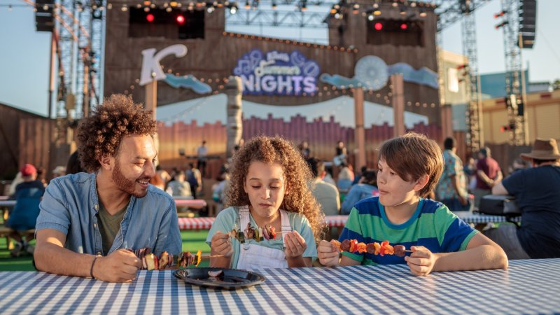 Knott's Berry Farm Just Revealed Its Reopening Date
