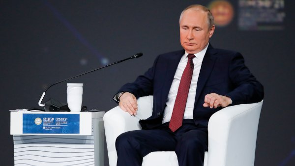 Putin Withdraws Russia From Open Skies Treaty, Following US Decision Not to Rejoin 2