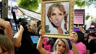 Britney Spears supporter Stephanie Lewis