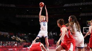 Breanna Stewart Team USA had a double-double against Japan