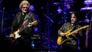 Music Hall and Oates