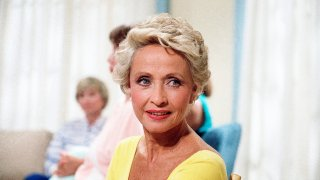 """FILE - In this July 1986 file photo, Actress Jane Powell poses for a photo in New York. Jane Powell, the bright-eyed, operatic-voiced star of Hollywood's golden age musicals who sang with Howard Keel in """"Seven Brides for Seven Brothers"""" and danced with Fred Astaire in """"Royal Wedding,"""" has died. Thursday, Sept. 16, 2021. She was 92."""