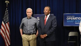 (l-r) Beck Bennett as Mike Pence and Kenan Thompson as Ben Carson