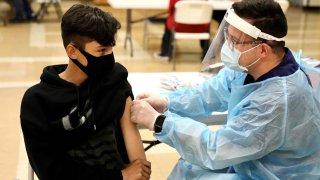 coronavirus en menores