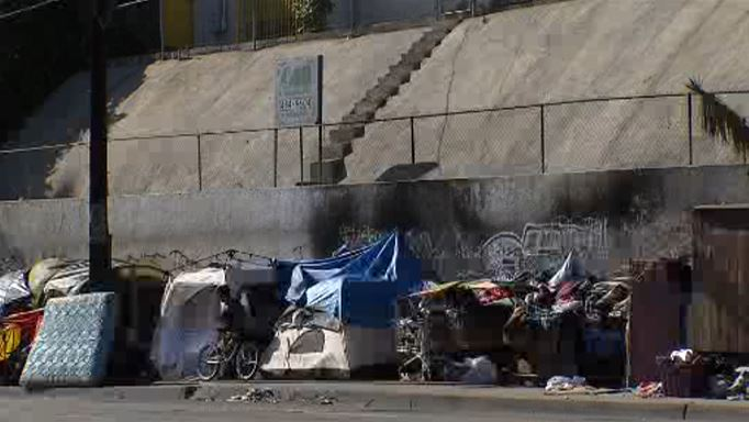 HomewardLA Stages Production Dealing With Homelessness