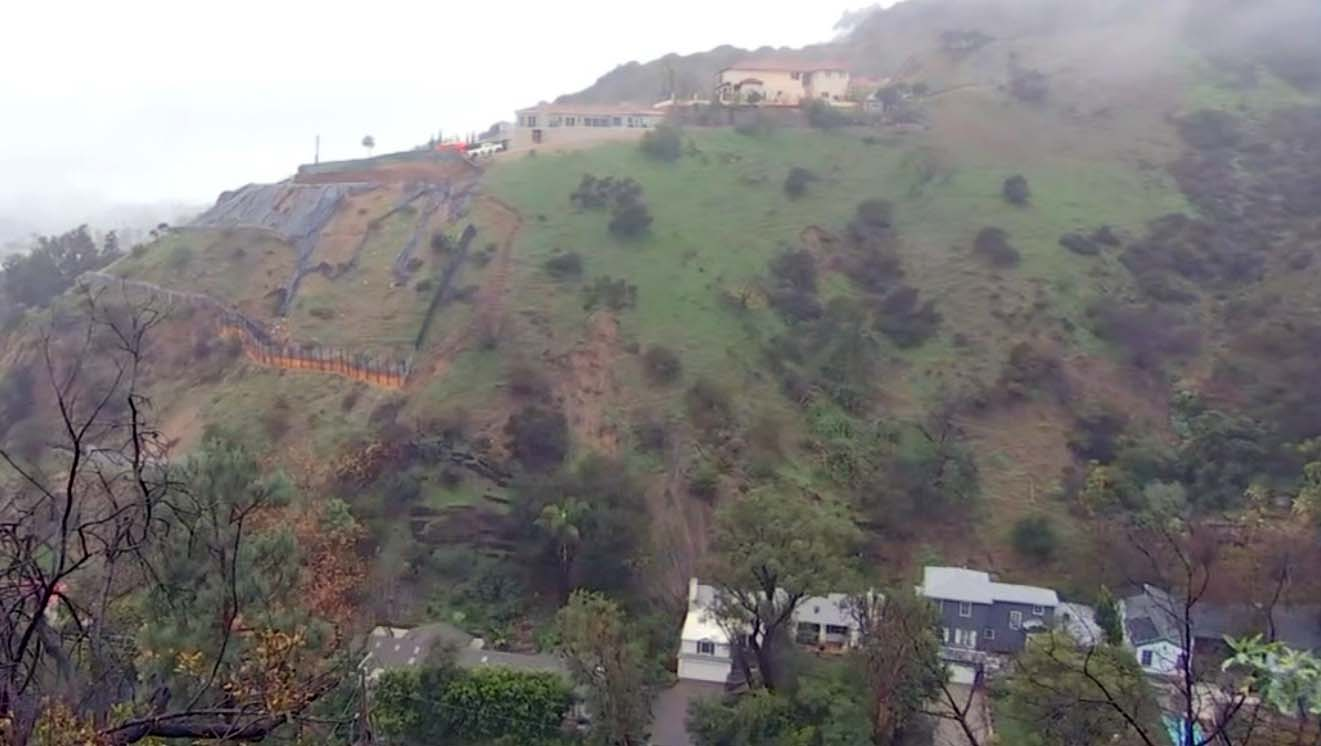 Hollywood Hills Homes Evacuated Due to 'Unpredictable' Shifting Soil