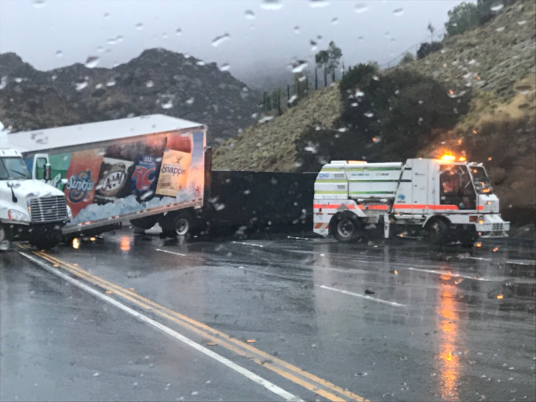 A crash closed part of the 118 Freeway Thursday Nov. 29, 2018 in Simi Valley.