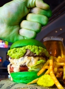 comiccon2018-brew30-hulkburger-smash-highres