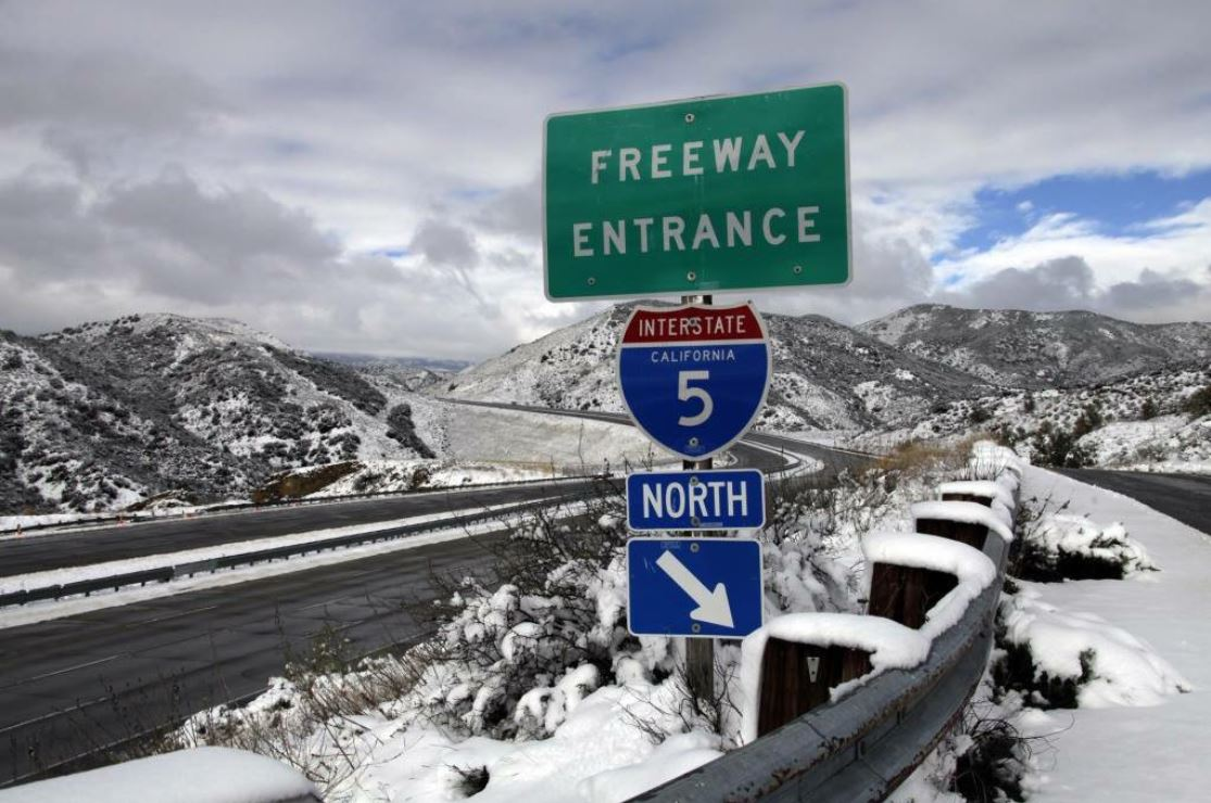 The 5 Freeway in the Grapevine was closed for hours on Thursday, Dec. 6, 2018, as snow blanketed the roadway.