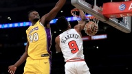Lakers Pull Off 19-Point Comeback, Beat Bulls