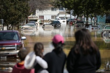 Thousands Return Home as Flood Waters Recede in California