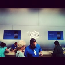 Apple Amping Up Genius Bar