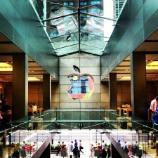 Apple Store Staff To Redo Maps