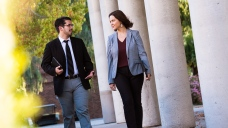 5 Tips to Help You Choose the Right Business School for You
