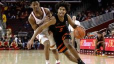 Oregon State Takes Control Late to Defeat USC, 67-62
