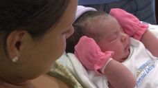 Texas Woman Gives Birth on Side of Interstate