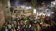 Earthquake Flattens Mexico City School, Killing 21 Children