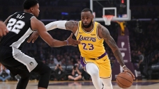 LeBron's Lakers Lose in OT Thriller, Fall to 0-3