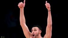 Lakers Fan Sinks $100,000 Half Court Shot