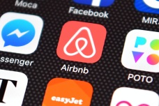 Hollywood Tenants Drop Suit Against Airbnb